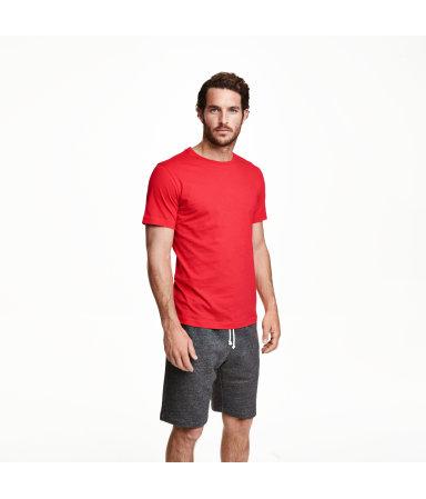 Футболка базовая (Красный)