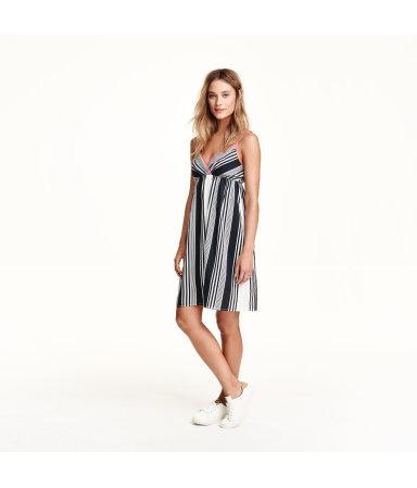 Платье с рисунком (Белый/Полоска)