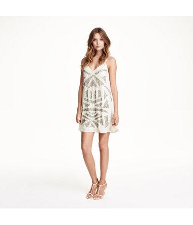 Вышитое бусинами платье (Белый)