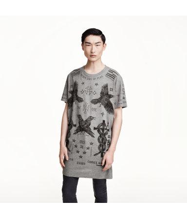 Длинная футболка с принтом (Черный)