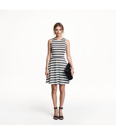 Платье без рукавов (Белый/Полоска)