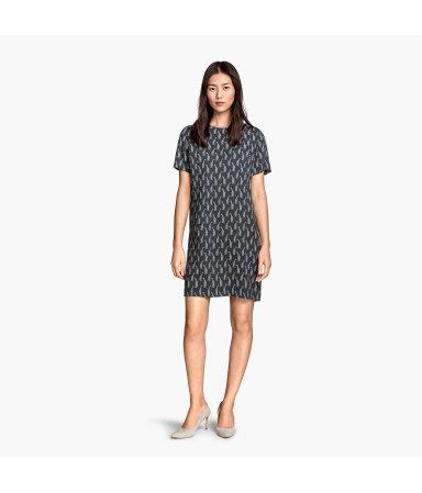 Платье с коротким рукавом (Темно-серый/Жираф)