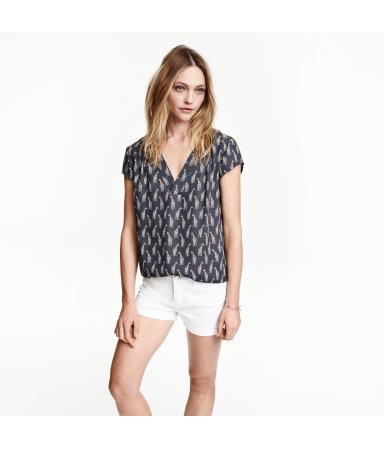 Блузка с треугольным вырезом (Темно-серый/Жираф)