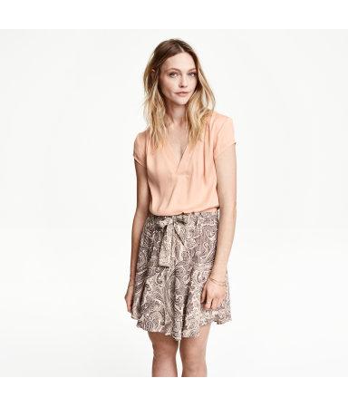 Блузка с треугольным вырезом (Розовая пудра)