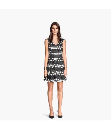 Трикотажное платье (Черный/Белый/Узоры)